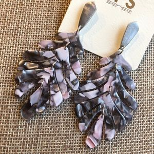 Jewelry - Dangle Tropical Leaf Pink, grey and silver earring